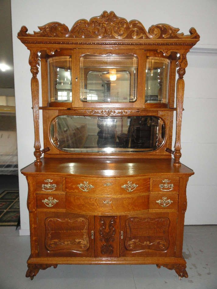 Gorgeous Late 1800s Antique Oak Sideboard With Beveled
