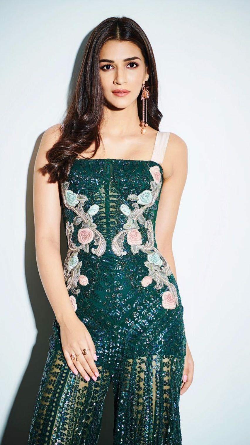 Kriti Sanon Movies, News, Songs & Images - Bollywood Hungama