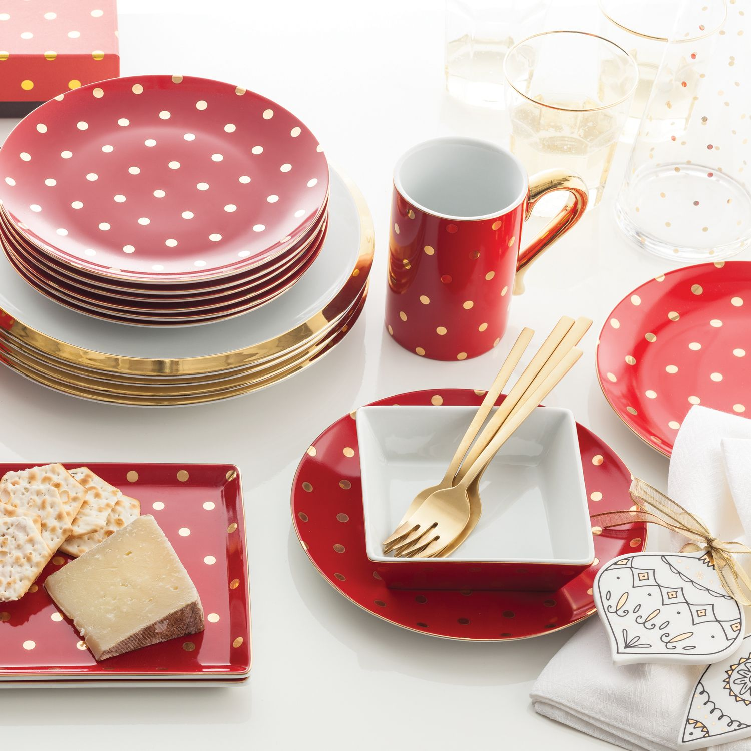 Rosanna Soiree Rouge Plate Set of 12 @LaylaGrayce & Rosanna Soiree Rouge Plate Set of 12 @LaylaGrayce | Kitchen ...