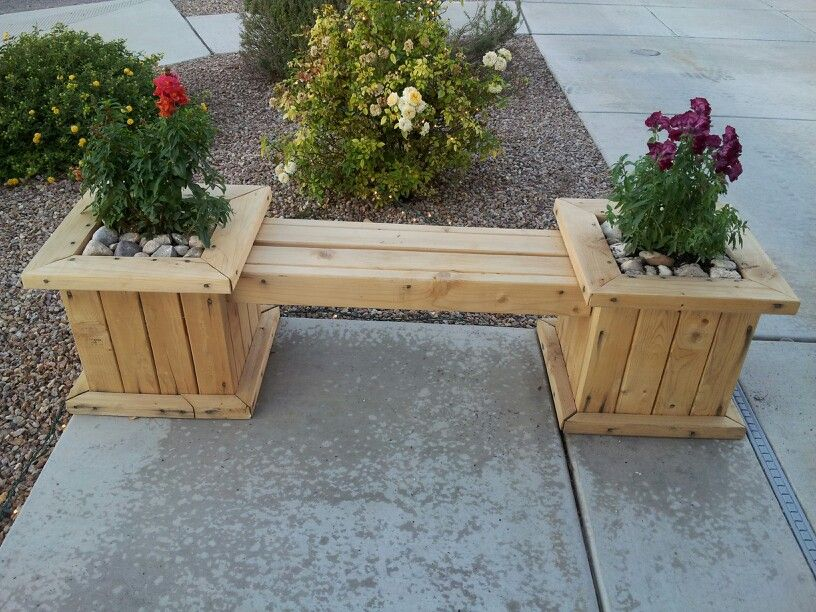 Planter Bench Made By The Hubby With 2X4 S Beautiful 400 x 300