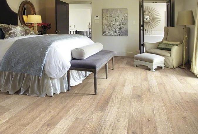 30 Wood Flooring Ideas And Trends For Your Stunning Bedroom Bedroom Laminate Flooring Vinyl Flooring Bedroom Flooring