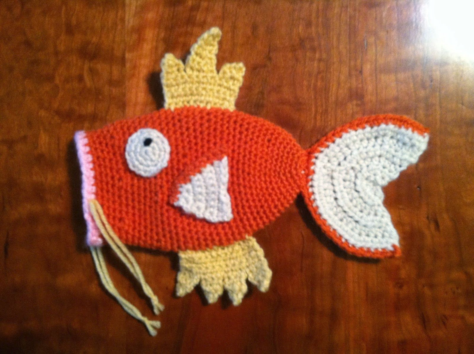 Heart in Flight Crochet: Magikarp drawstring dice bag clutch | 001 i ...