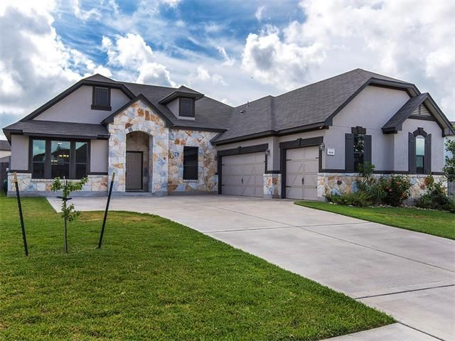 Beautiful Pflugerville Texas Home For Sale 3 Bedroom 25 Bath 2719 Sq Ft