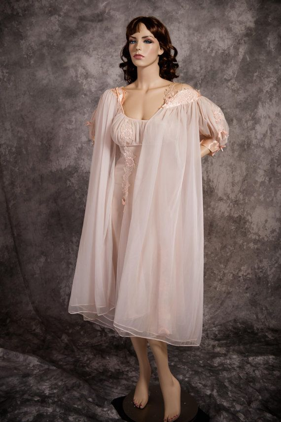 Vintage 60s Peignoir Set Eyeful Pink Double by MarvelsVintage ...