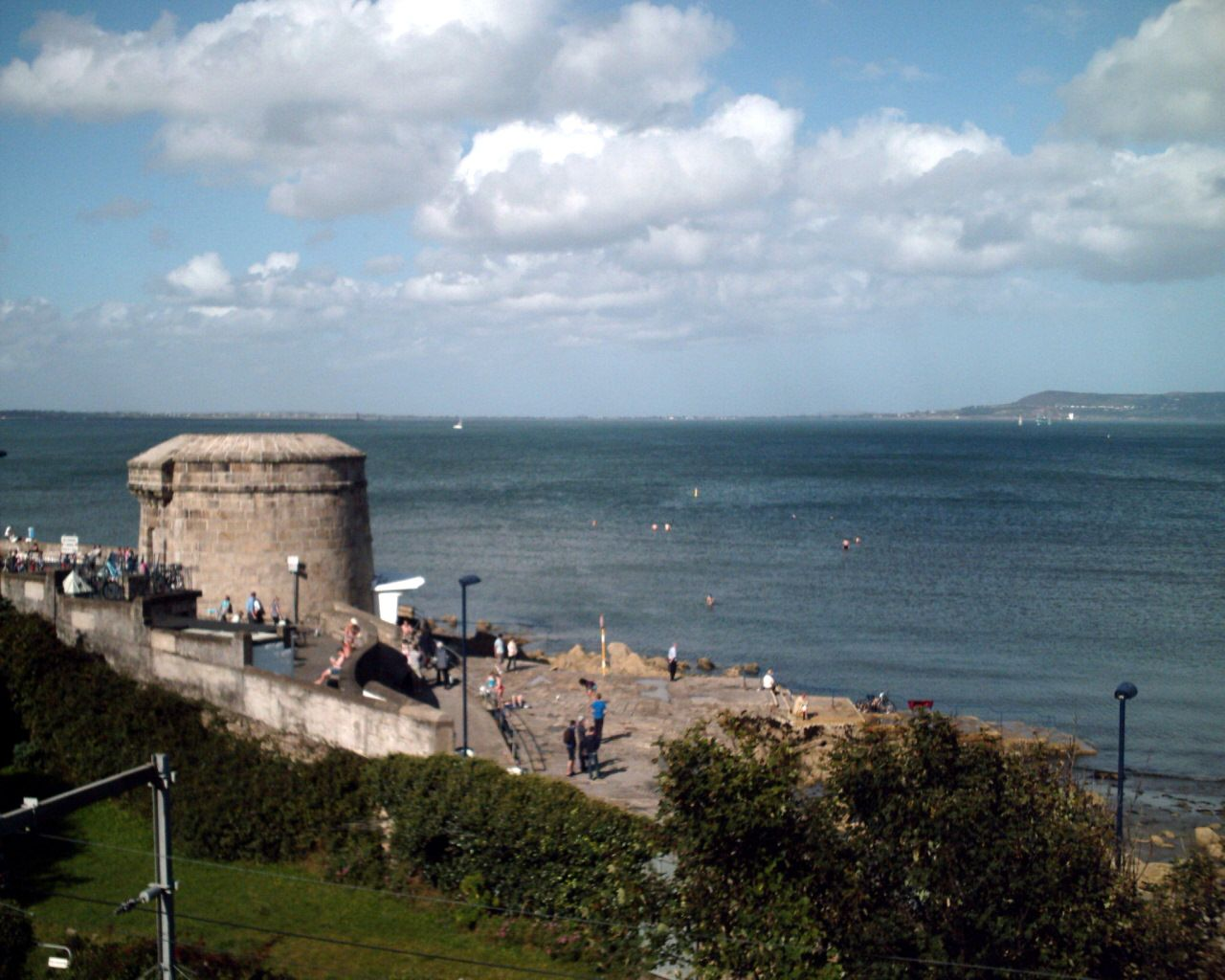 Dn Laoghaire - Wikipedia