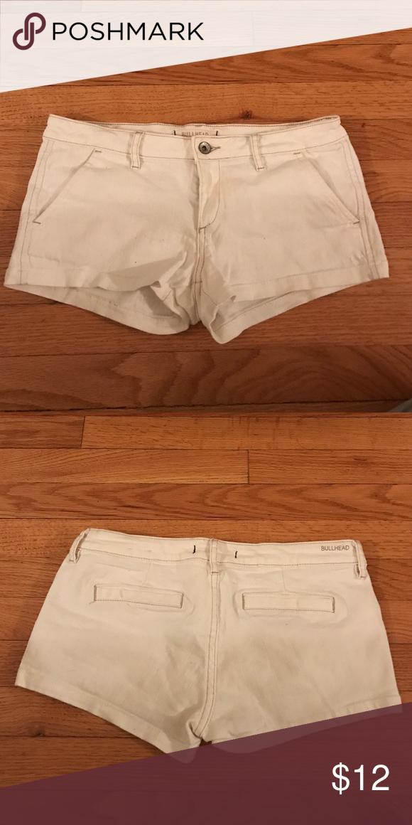 Bullhead White Shorts Size 5 Cute white shorts! Bullhead Shorts