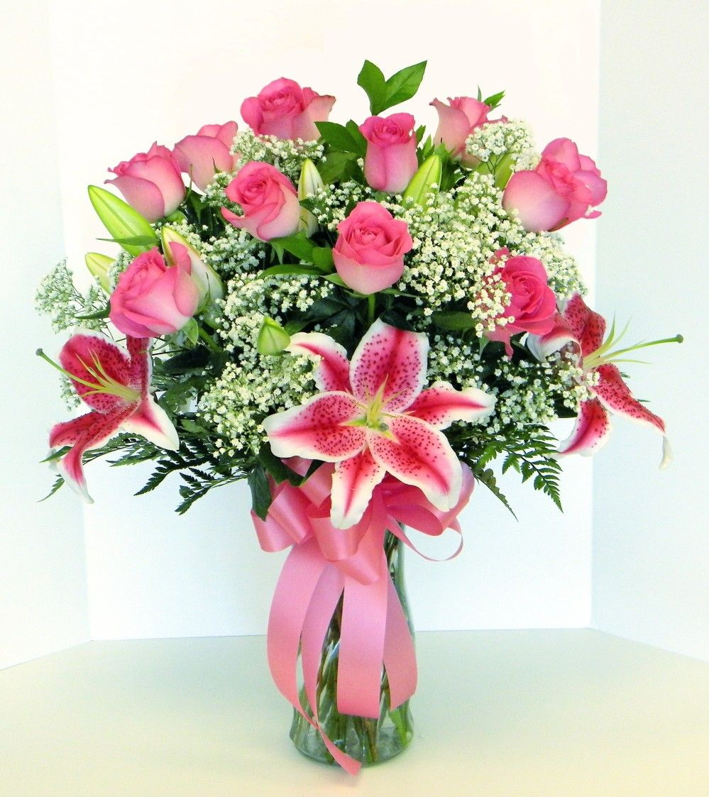Beautiful Lily And Rose Flower Arrangement Love The Pink And White