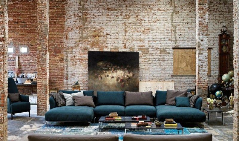 ideen zur wandgestaltung ziegelstein modern putz sofa blau ...