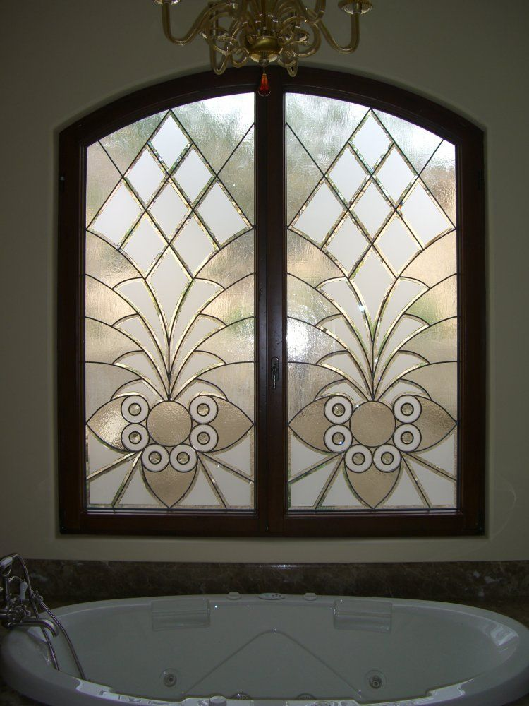Arabesque bevels ii tub windows decorative leaded for Unique window designs