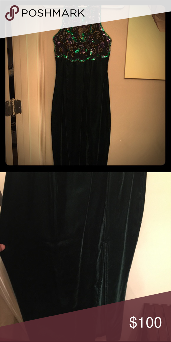 Vintage Roberta Gown I so wish I could fit this amazing vintage dress excellent condition size 7/8 Vintage Dresses Prom