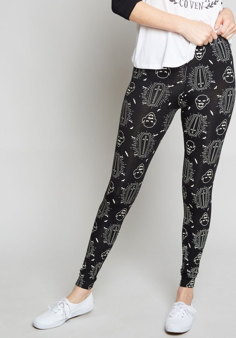 d434dc379006d Somethin' Spooky Glow-in-the-Dark Leggings in XS - Ankle by Banned from  ModCloth