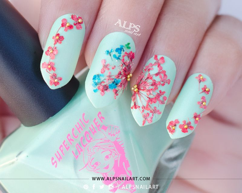 Unhas decoradas com flores pastel nail art dry flowers and nail art unhas decoradas com flores prinsesfo Gallery