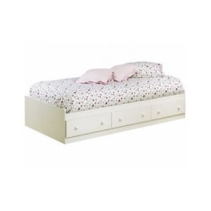 This Twin Bed Box Matches With Most Any Type Of Bedroom Style