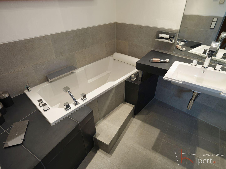 Raumwunder Badezimmer Waschtisch Badewanne Badezimmer Badewanne Waschbeckentisch