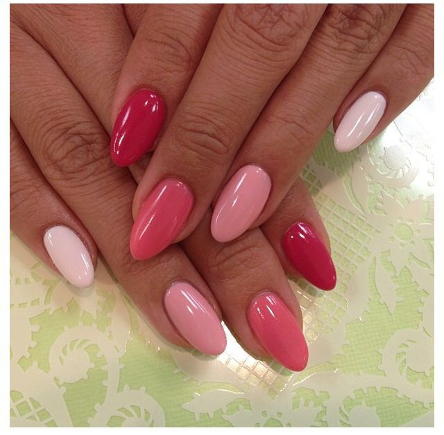 Pink - Red ombré nails