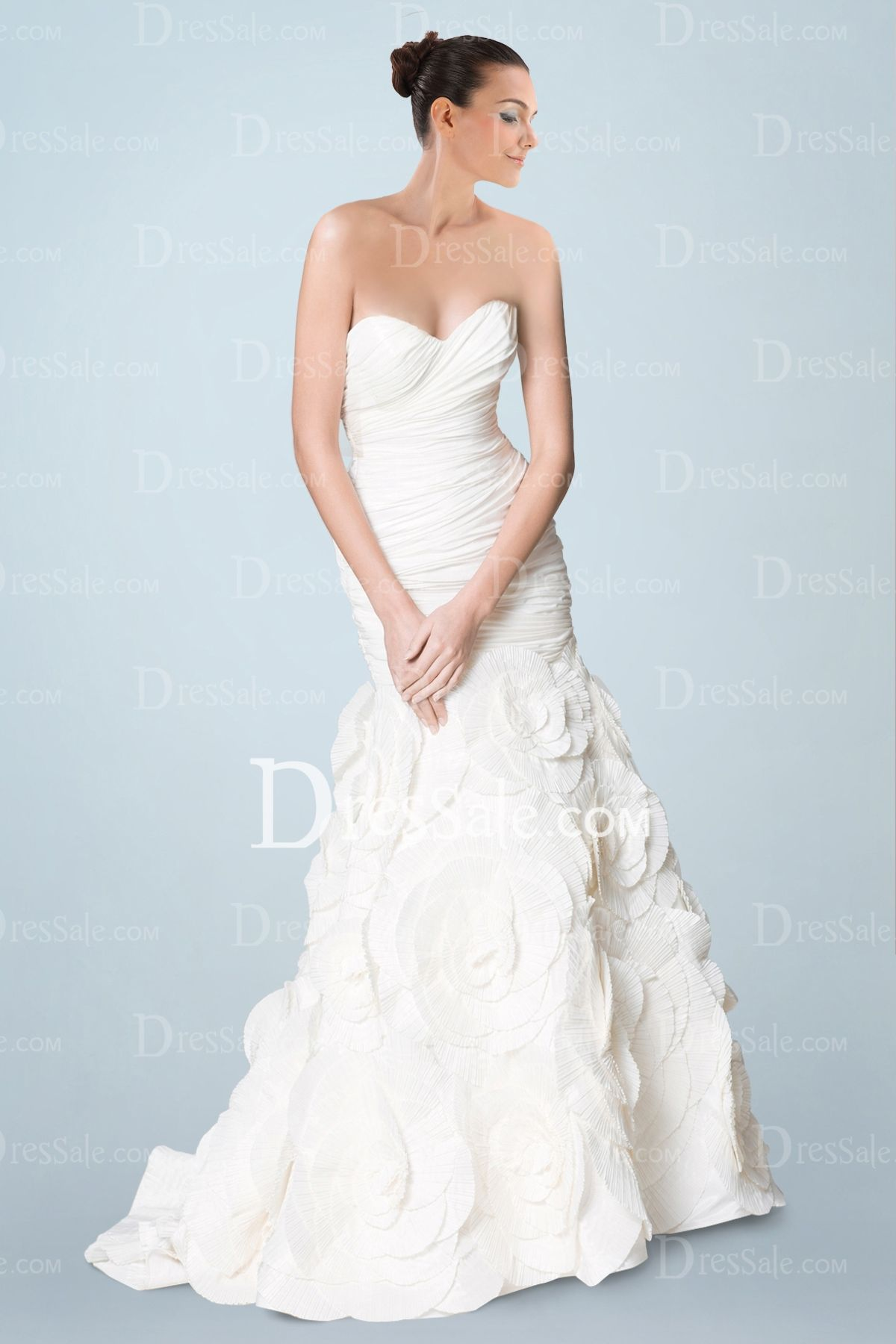 Stunning Taffeta Trumpet Bridal Dress with Ruched Bodice and Pleated Floral Detail