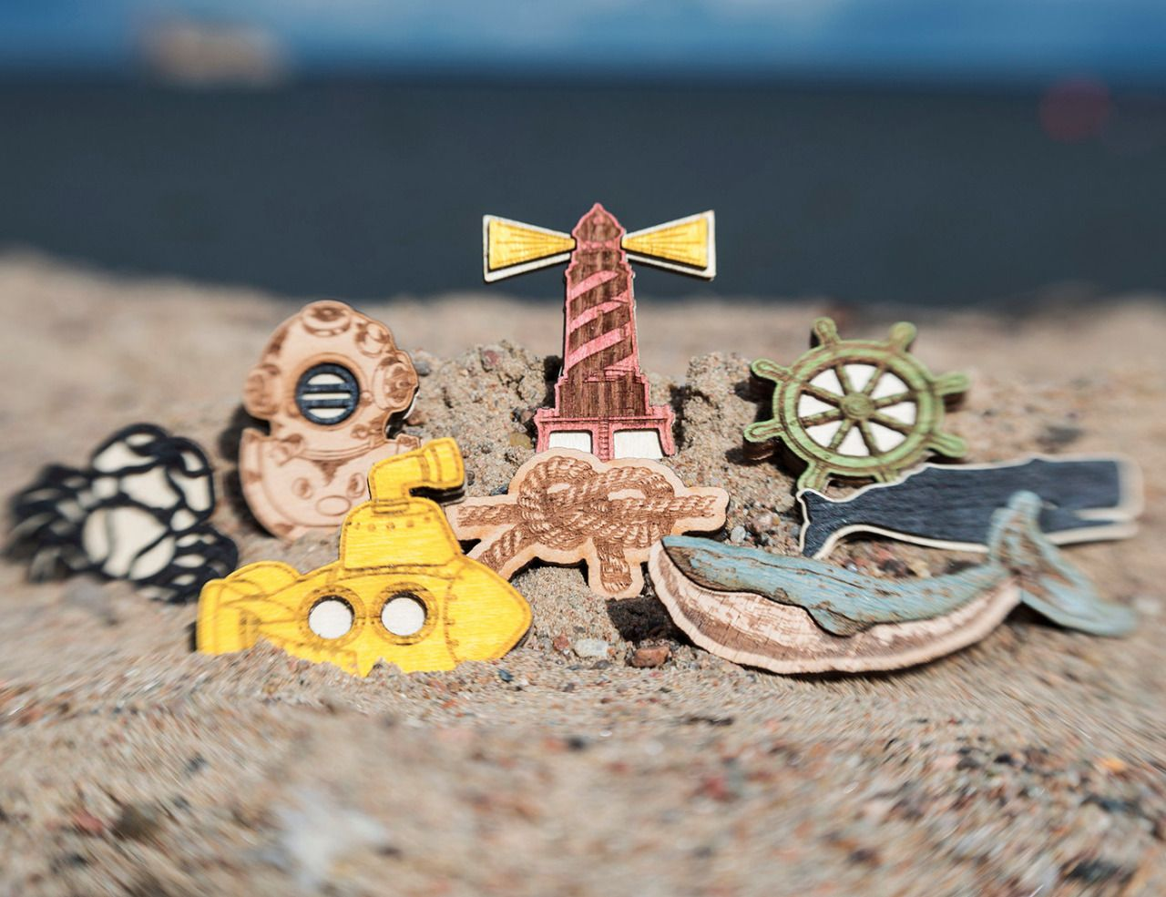 http://sosuperawesome.com/post/135381581402/wooden-brooches-by-wafwafgoods-on-etsy-so-super
