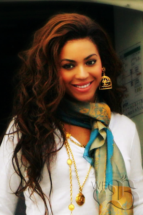 Beyonce 3 I Like Her Better As Natural Hair Color Or Somewhat Close To