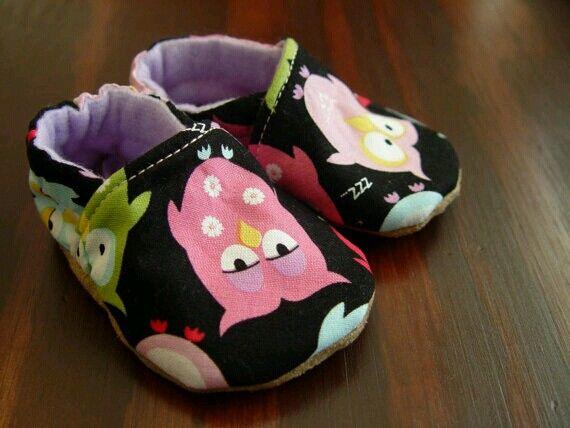 0ff18ad40ef9 Handmade Slip-On Soft Baby Shoes- Owl Print Fabric 0-3