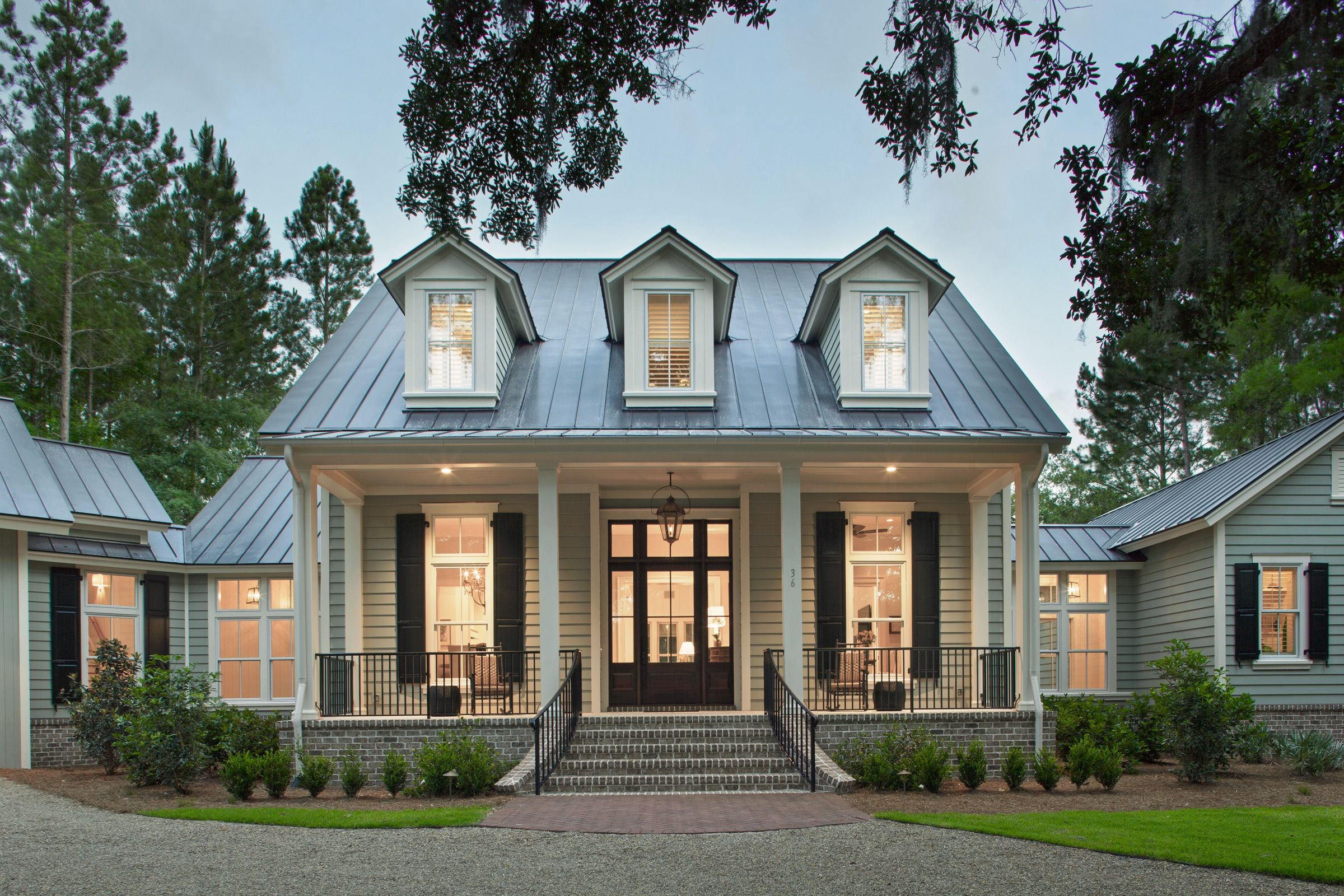 Palmetto bluff home pearce scott architects this is one for Southern style ranch home plans