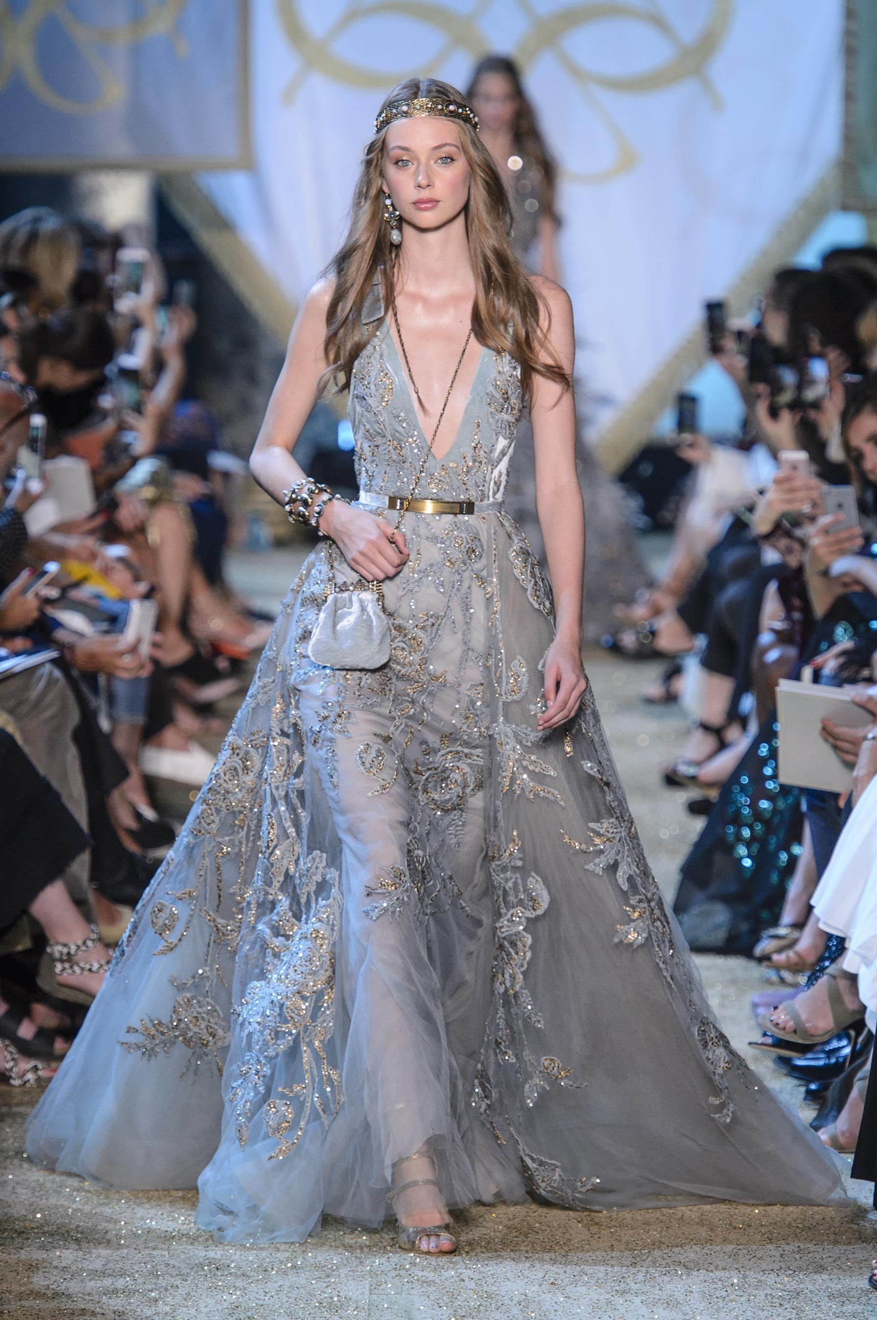 6f59bd2ab313 Défilé Elie Saab Automne-hiver 2017-2018 Haute couture -.