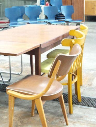 Vintage Design eetkamerstoelen outlet stoel | ReUze Pop-Up Store ...