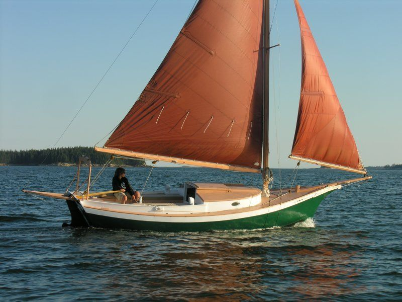Design inquiry  A 20' LOD, blue water capable, traditional looking