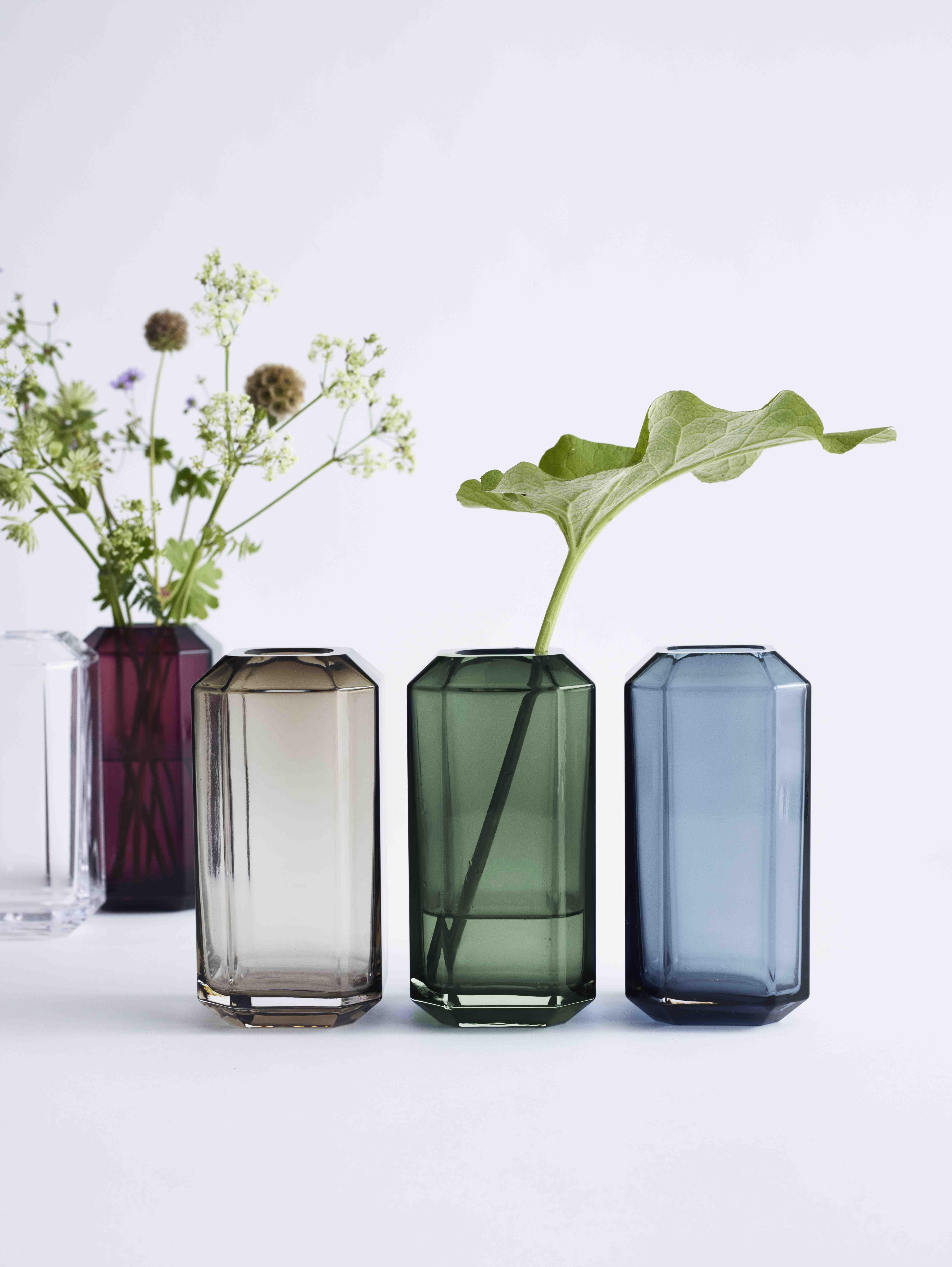 Louise Roe Copenhagen Aw16 The Jewel Vase House Or A Home Vases Decor Vase Scandinavian Vases