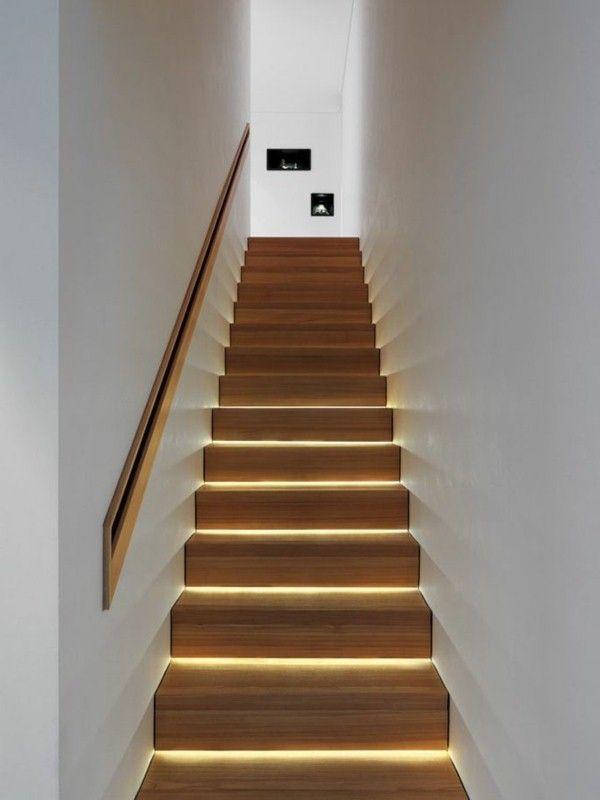 R tro clairage et main courante int gr e dans le mur escaliers pinterest - Main courante bois lapeyre ...