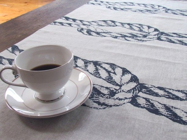 square knot linen table runner from @Bonnie @ Kaye Rachelle.