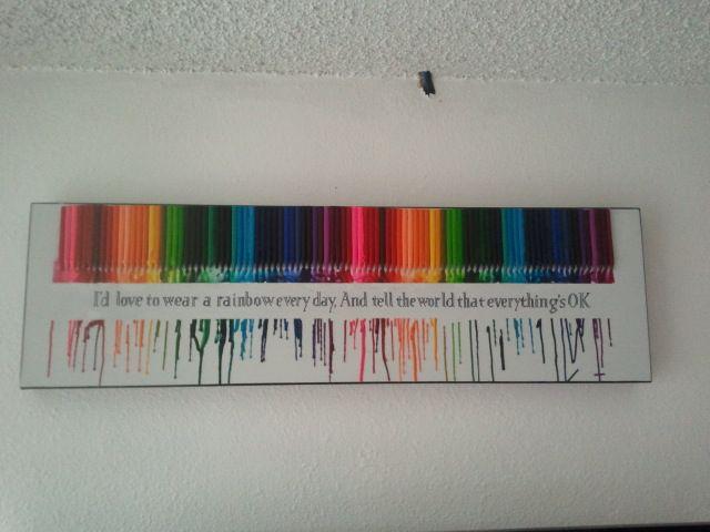 Rasplavlennye Voskovye Karandashi I Citata Dzhonni Kesha Crayon Art Diy Melting Crayons Crayon Art