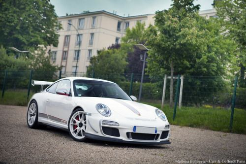 Porsche 911 GT3, Porsche 911 GT2, 2009 Porsche 911, #Porsche 2011 Porsche 911 GT3 RS 4.0, #Car Porsche 911 (997), #Gt3 #AlloyWheel  - Follow @extremegentleman for more pics like this!
