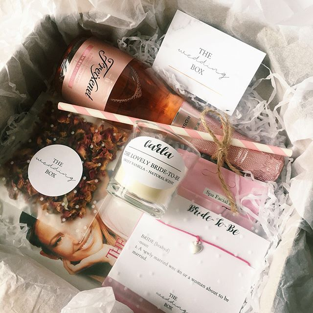 Keep an eye out for #TheWedBox blog review by @carla32s 📝🖥✨ Carla will be reviewing our 'bride-to-be' and 'mother to the groom' boxes 💝😍 Wishing Carla and her bride tribe a magical hen party in Paris this weekend 🇫🇷🐓 #giftbox #weddinghamper #engagementgift #gift #giftideas #giftsforbrides #personalised #bride #bridesmaids #weddinggifts #weddingbox #thewedbox #bridetobe #rockmywedding #henparty #bemybridesmaid #weddingeve #bridesmaidgifts