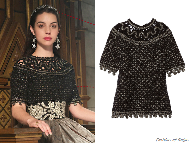 "In the episode 2x08 (""Terror of the Faithful"") Queen Mary wears this Oscar de la Renta Metallic Open Knit Cashmere Blend Top (£451.50). Worn with RJ Graziano earrings, Jennifer Behr tiara and Gillian Steinhardt labyrinth and signet rings."