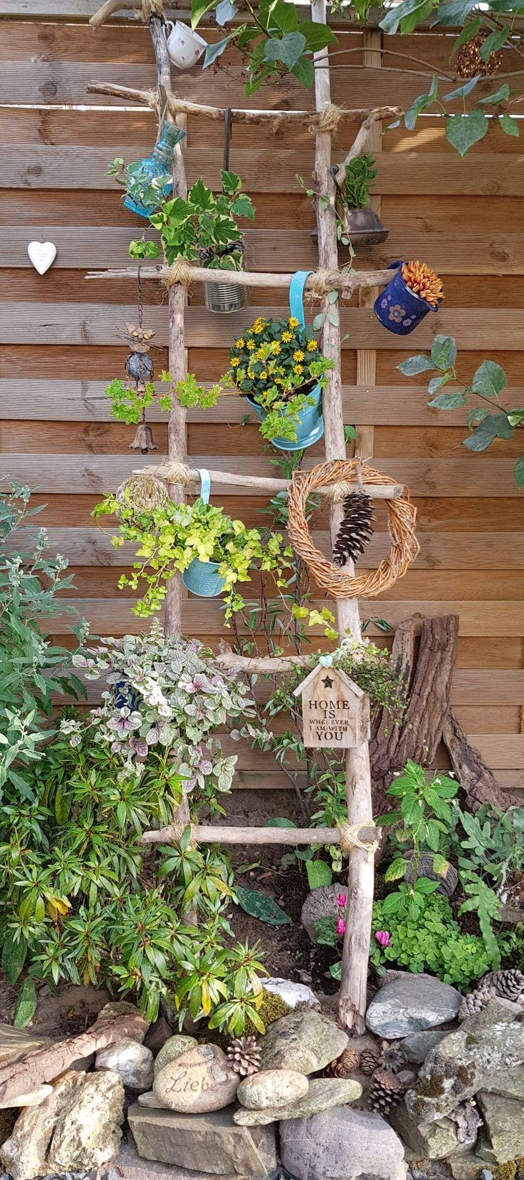 Was man Alles so mit Treibholz machen kann.  Another Idea for driftwood.... #kräutergartenbalkon