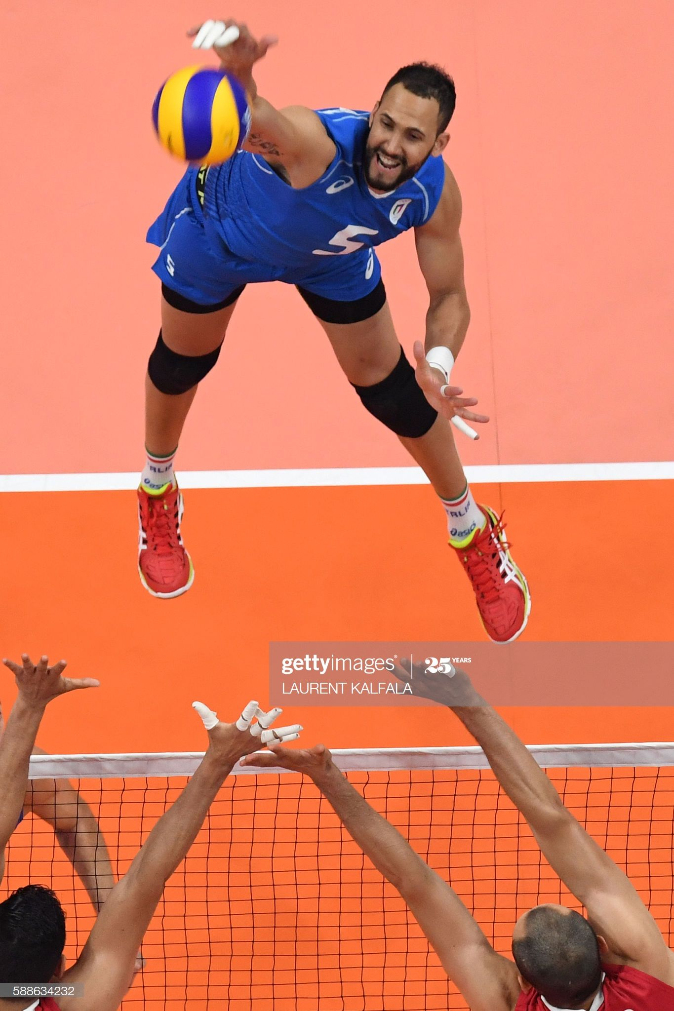 An Overview Shows Italy S Osmany Juantorena Spiking The Ball During In 2020 Rio Olympics 2016 Olympic Games 2016 Olympic Games