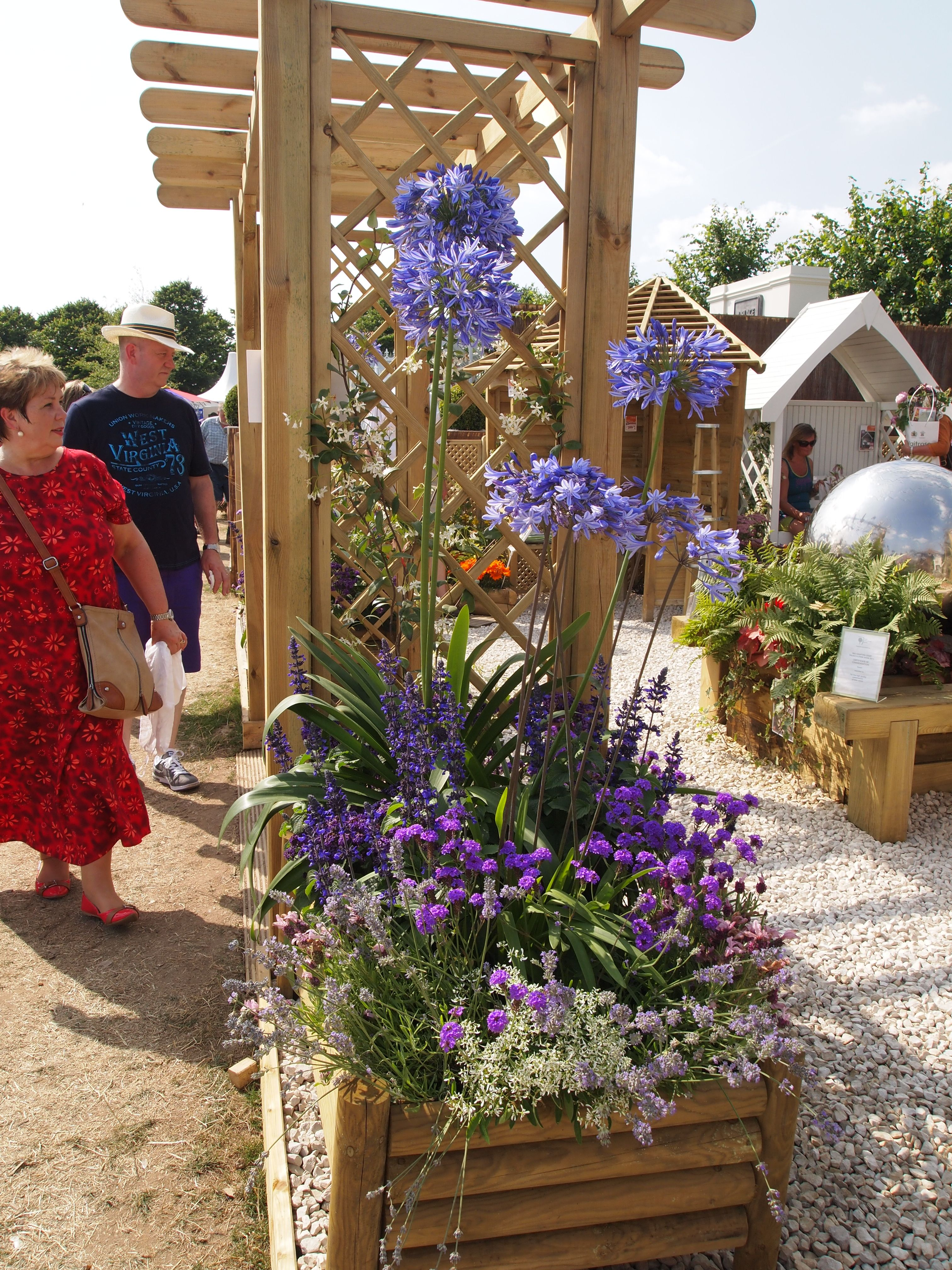 Forest Garden at Hampton Court Flower Show 2013 Raised Log Planter ...