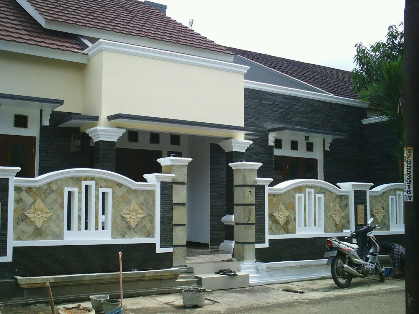 45 Modern Home Pillar The Most Widely Used Neat Fast House Outside Design Compound Wall Design House Gate Design