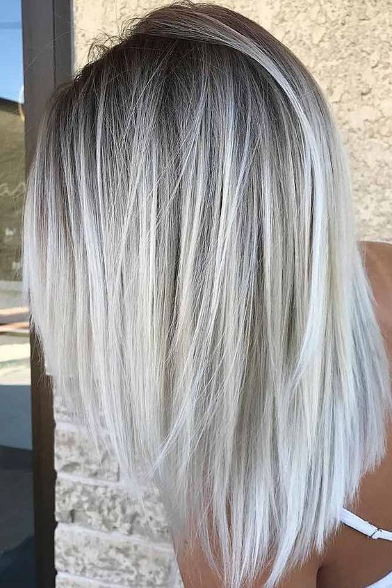 46 Shoulder Length Layered Hairstyles To Drive You Crazy Awimina Blog Long Hair Color Icy Blonde Hair White Blonde Hair Color