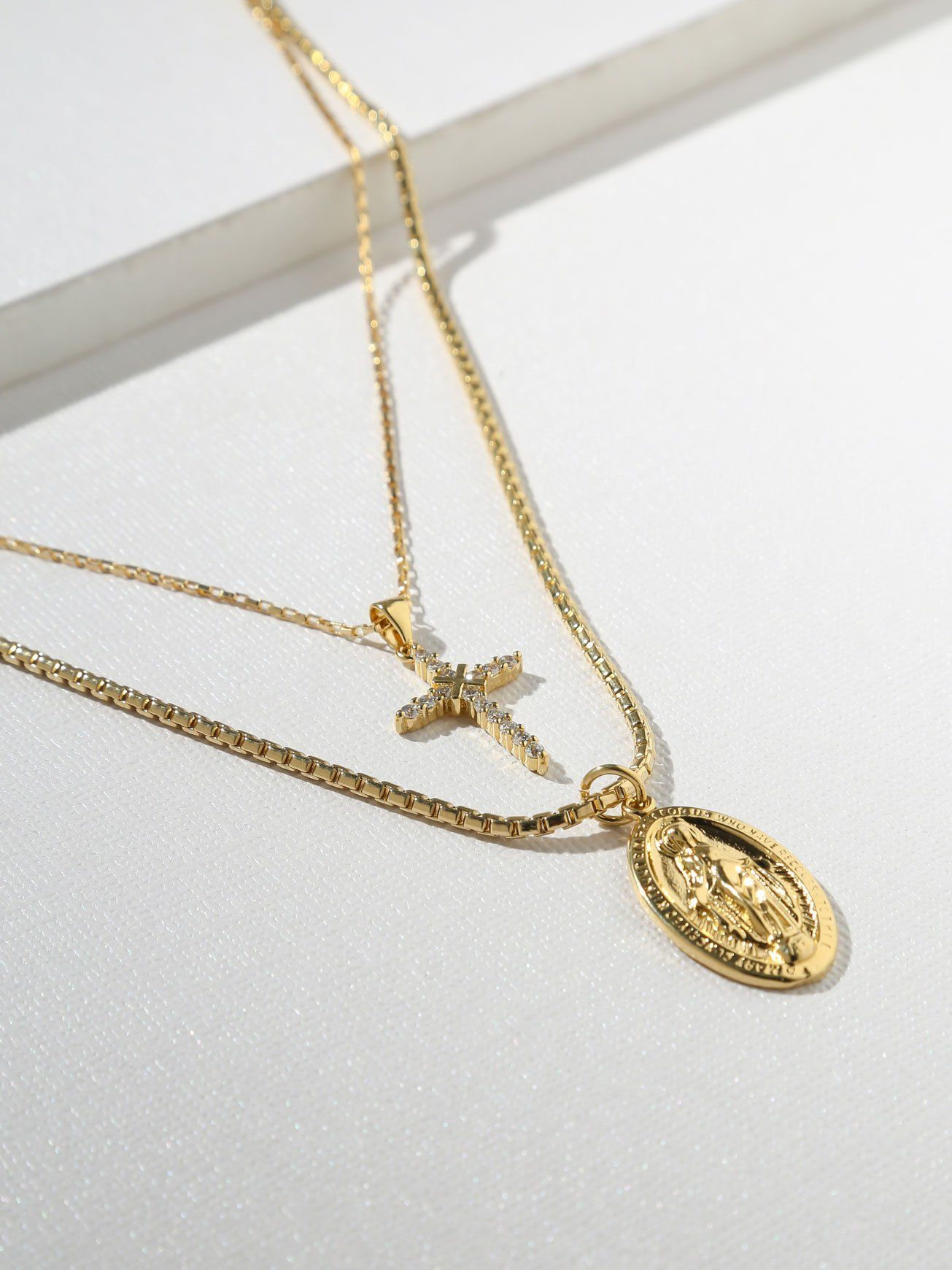 Religious Cross Madonna Fashion Jewelry Necklace Long Chain Pendant For Women Fashion Necklaces & Pendants