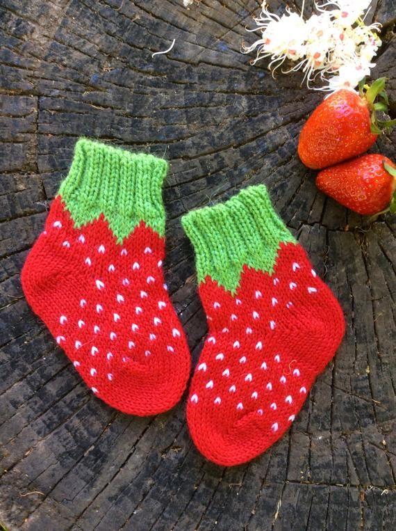 Stricken Erdbeersocken warmen Winter Baby Mädchen Socken