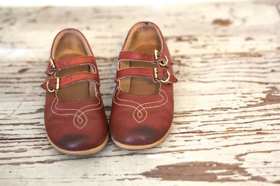 26236f37879a Vintage LITTLE GIRLS Shoes 1970s Childrens by BLUEGRASSBOOTY | Mid ...