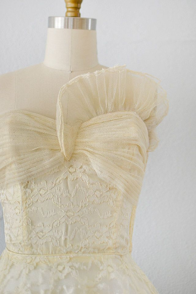 vintage 1950s ivory sculpted tulle lace dress