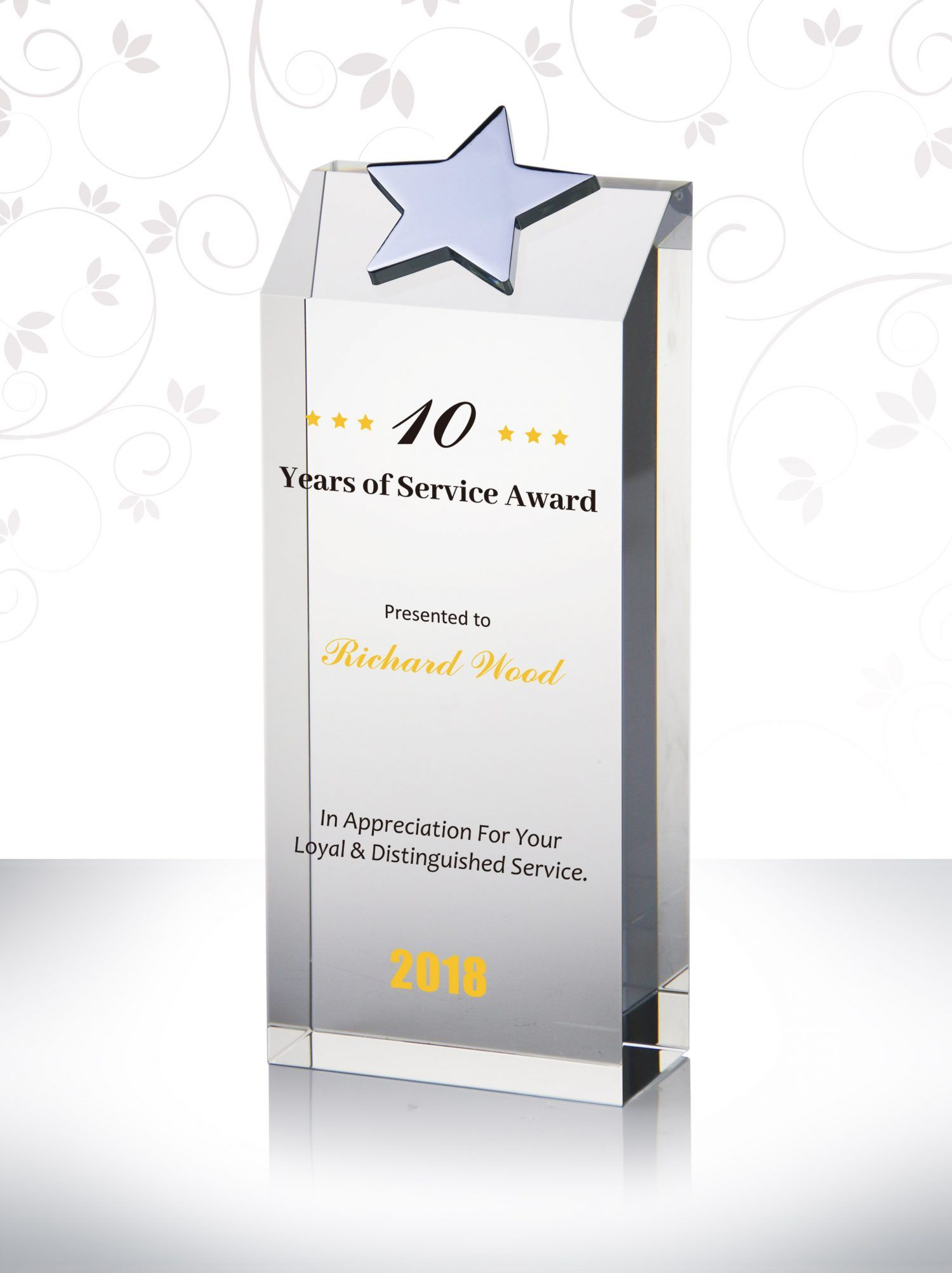 This 10 Years Of Service Crystal Star Obelisk Award Is One Of Our Most Beautiful Pieces Nothing Rewards Your Star P Crystal Awards Crystal Stars Award Plaques