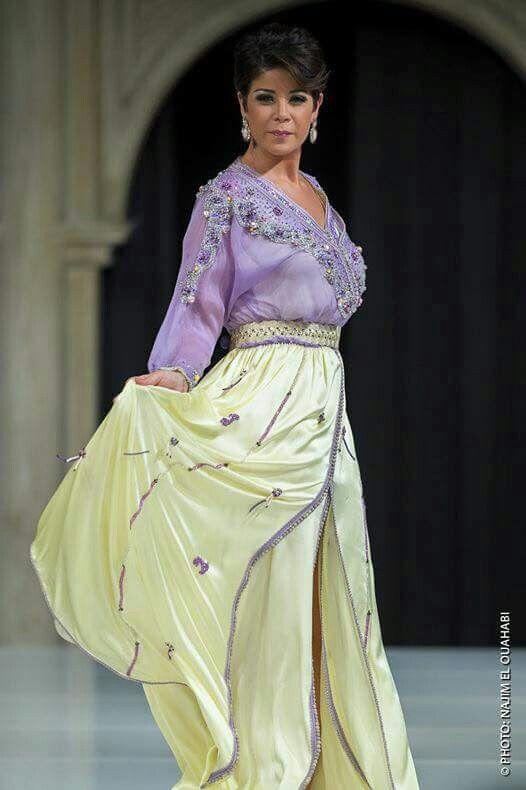 Leila Hadioui - Caftan jaune et violet | Caftan marocain ...