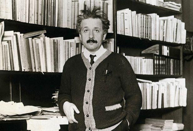 Albert Einstein - Physicist, Scientist | Wissenschaft, Physiker, Einstein