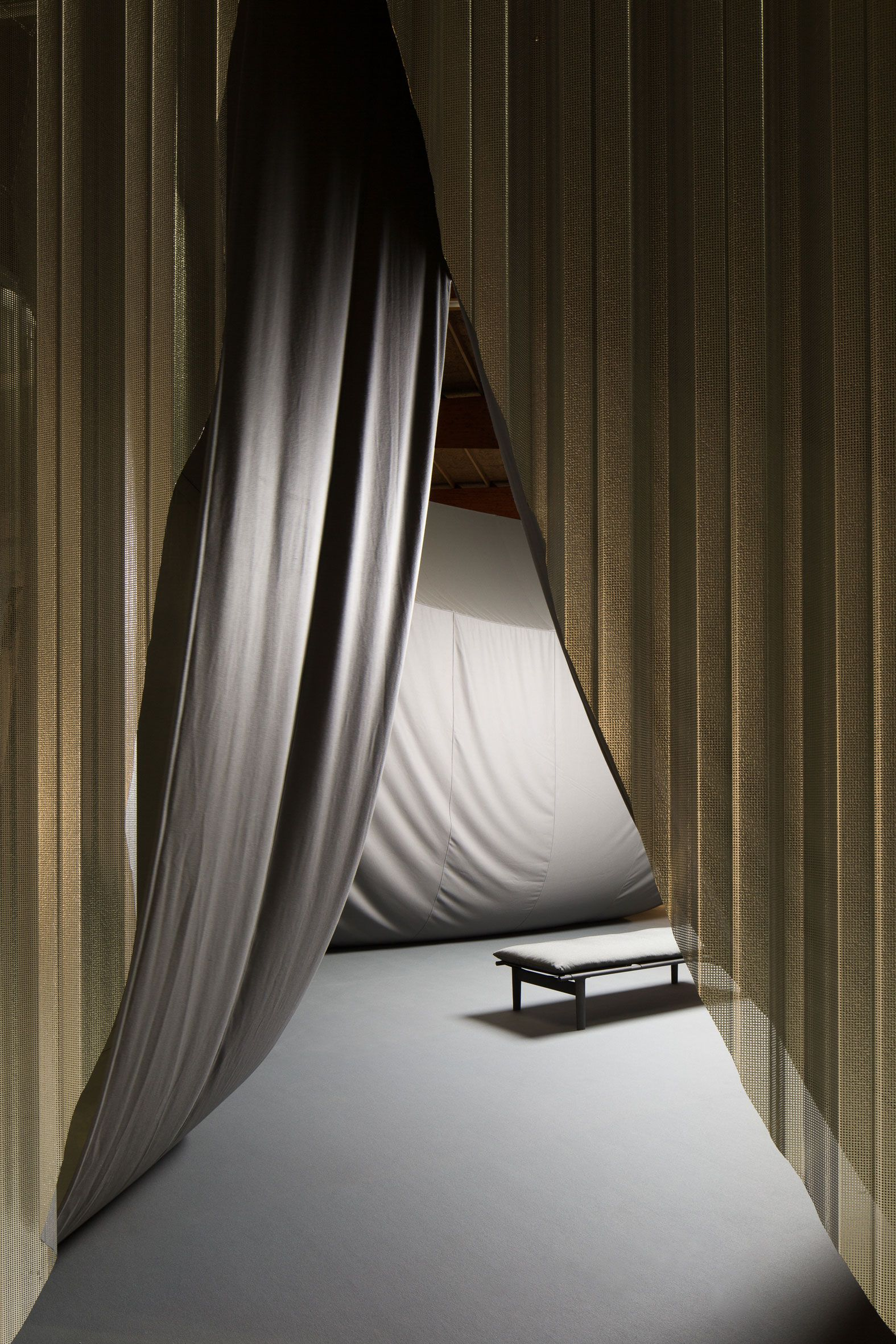 10 highlights from biennale interieur 2016