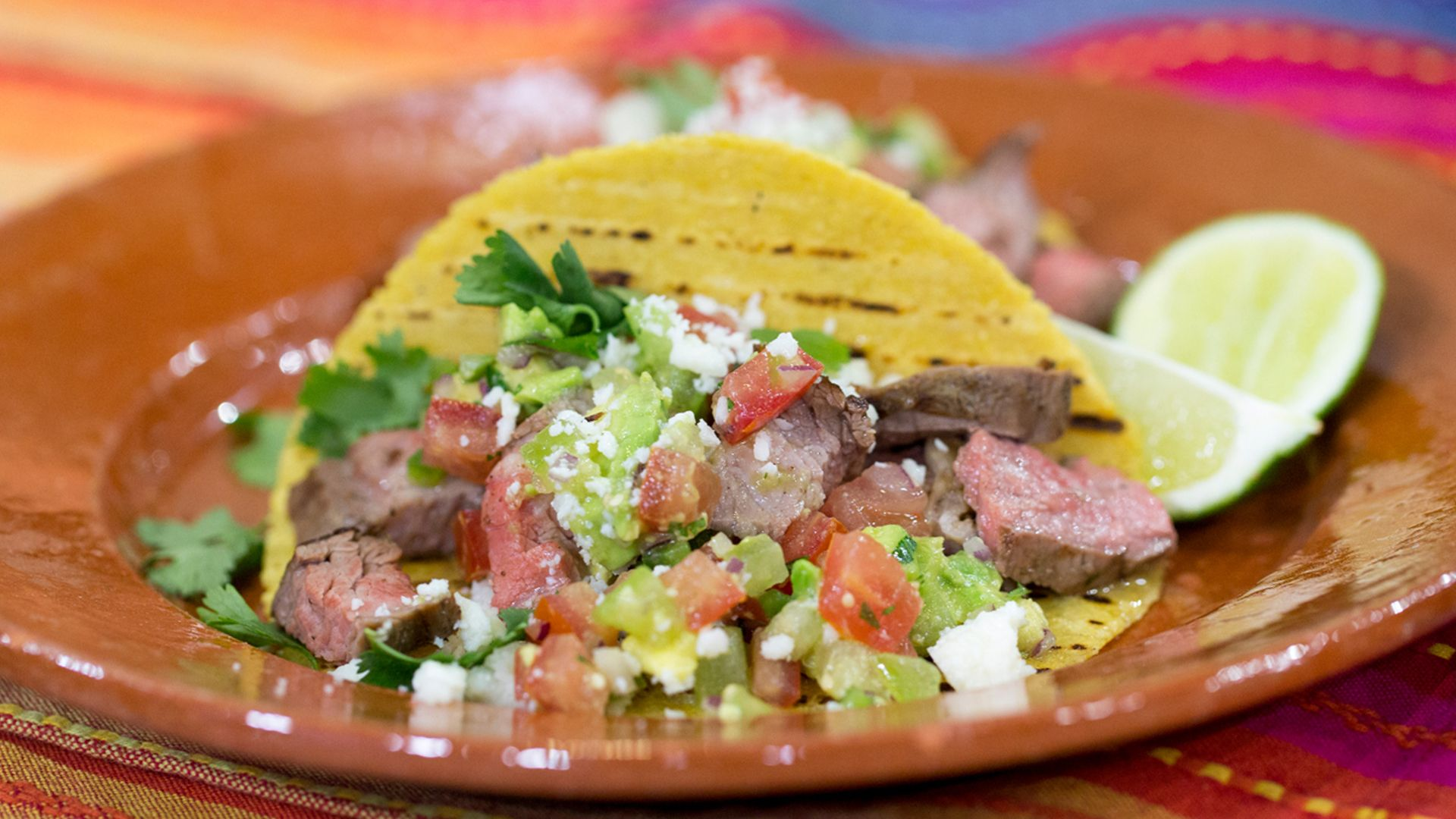 Taco night! Make Siri and Carson's easy steak tacos and margaritas