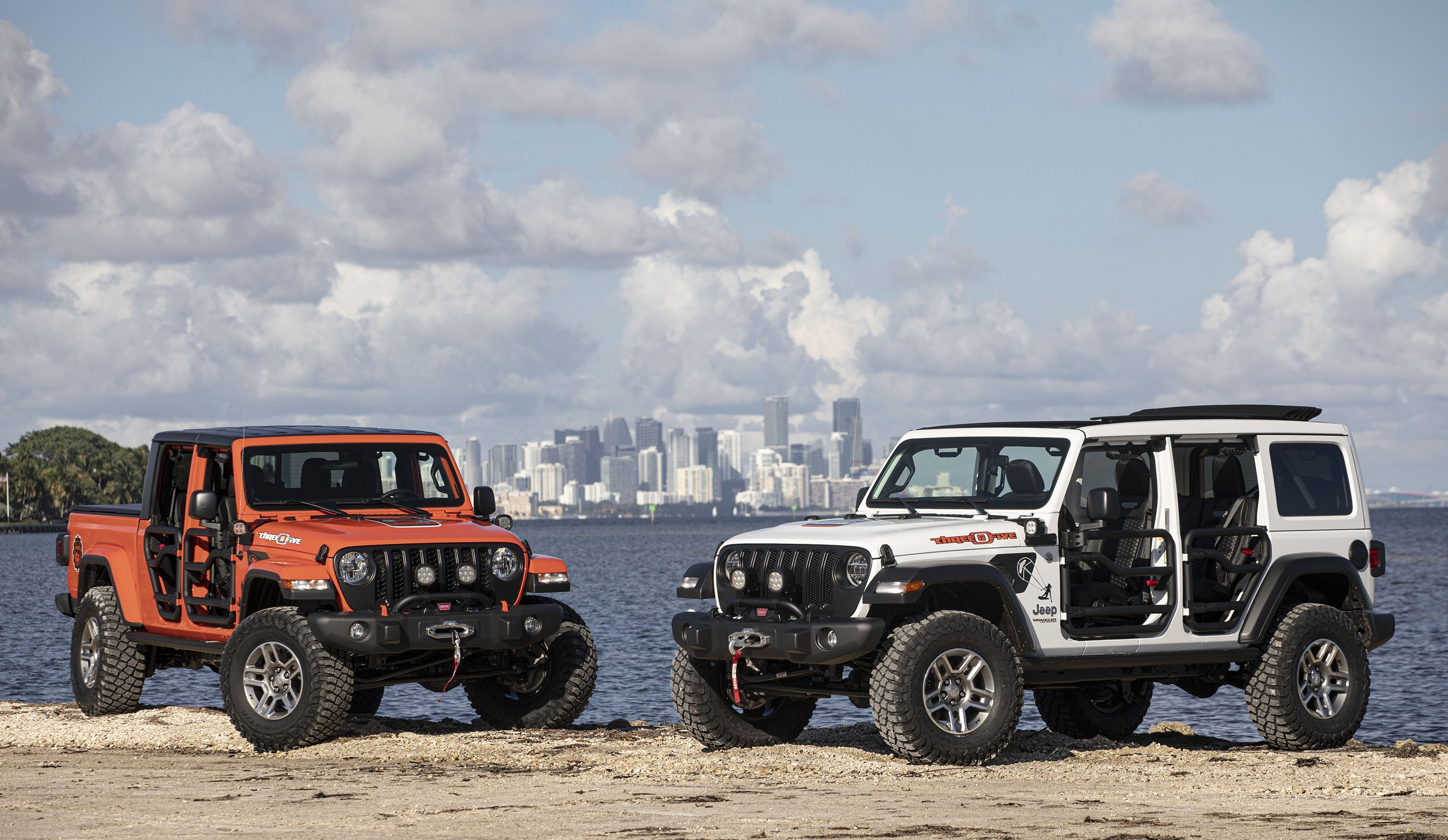 Jeep Built Miami Themed Special Editions Of The Wrangler And Gladiator Jeep Jeep Wrangler Gladiator