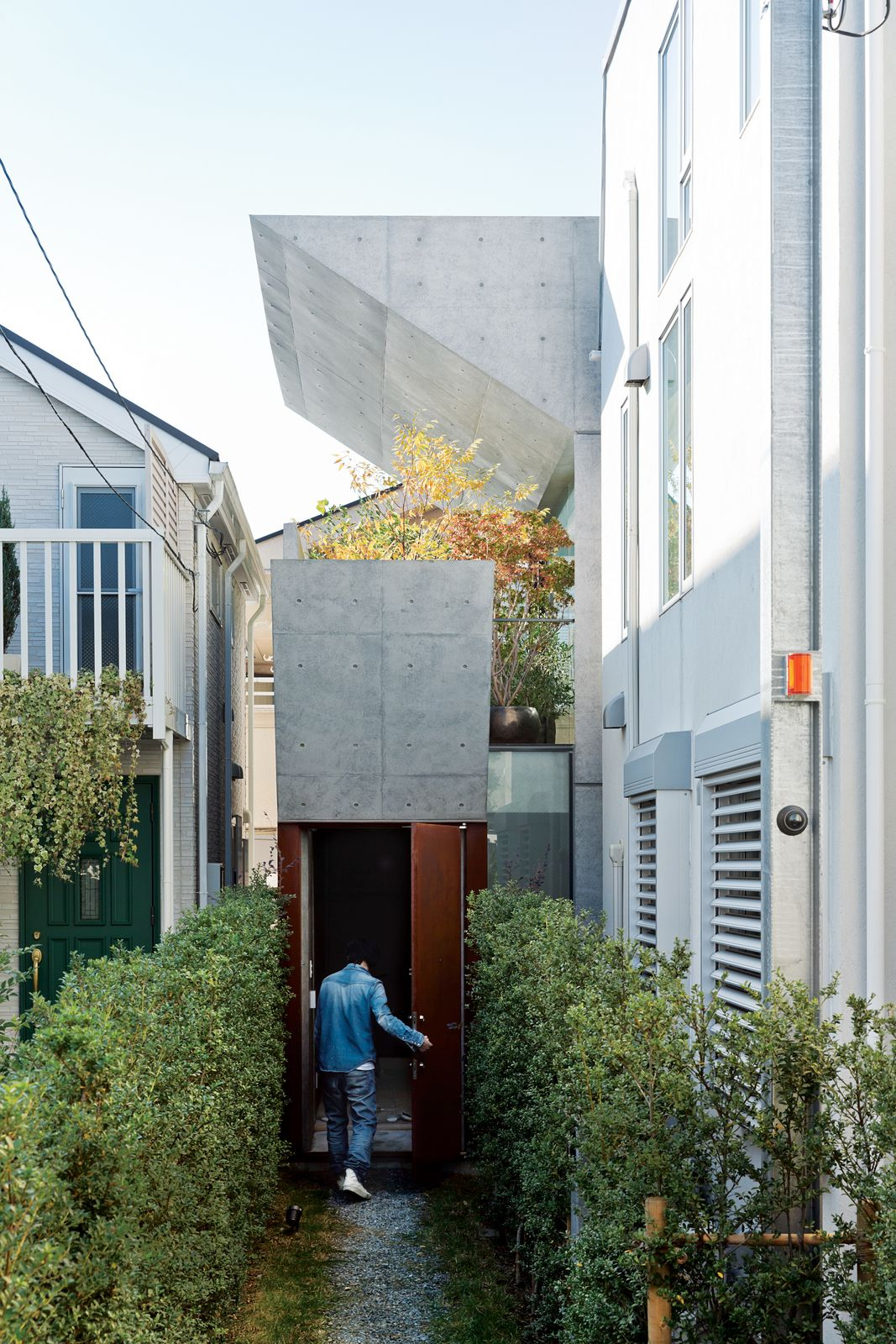 Open Plan Concrete Home In Japan Architecture Architecture Details Unusual Homes